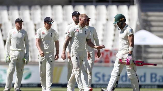 Ben Stokes celebrates with teammates after taking the wicket of South Africa's Faf du Plessis.(REUTERS)