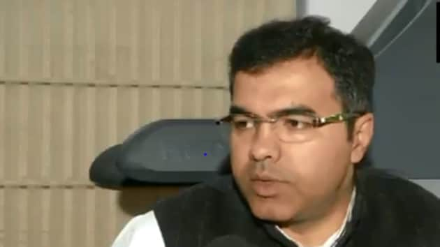 Bharatiya Janata Party lawmaker Parvesh Verma claimed that the government would clear the protesters in a day if the BJP is voted to power in the city.(ANI Twitter (Screenshot))