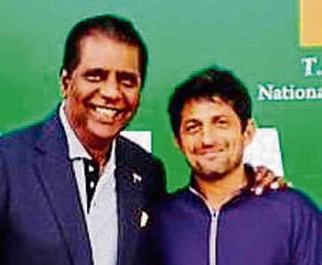 Vijay Amritraj and Nitten Kirrtane in Chennai.(HT Photo)