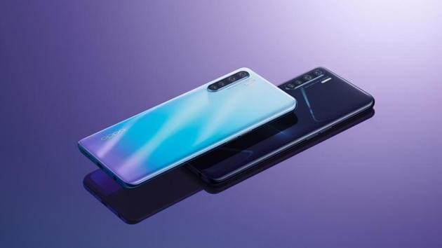 The moment you look at the OPPOF15, you can't stop swooning at its beauty.(OPPO)