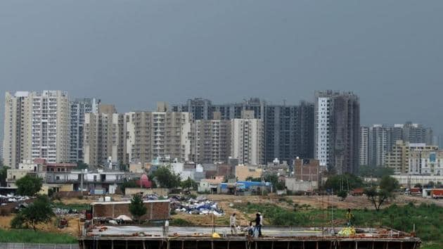 The real estate firm said that have150 apartments for people belonging to economically weaker section (EWS) will also be a part of the project. Image used for representational purpose.(Parveen Kumar/Hindustan Times)