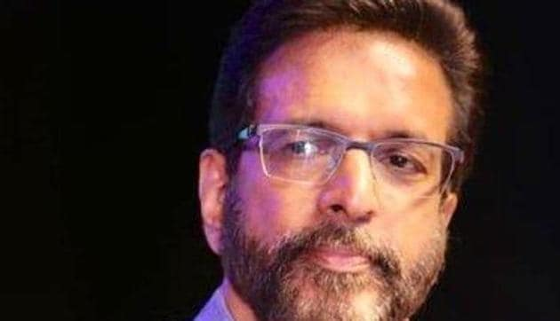 Jaaved Jaaferi slams troll, angrily asks if changes were made in the Constitution of India.