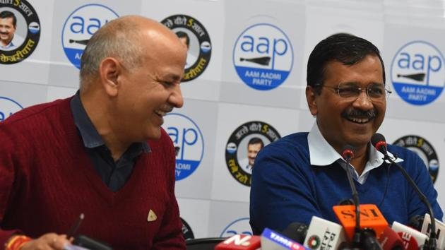 Delhi Chief Minister Arvind Kejriwal and Deputy Chief Minister Manish Sisodia during a joint press conference on BJP MP's visit to Delhi Government schools, at AAP Headquarters, in New Delhi.(Mohd Zakir/HT PHOTO)