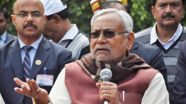 Bihar Chief Minister Nitish Kumar addresses the media after party meeting at his official residence in Patna.(PTI)