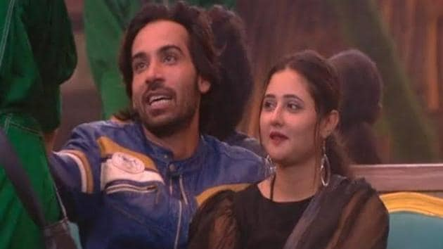 Bigg Boss 13: Arhaan proposed to Rashami Desai inside the house and she accepted his proposal.