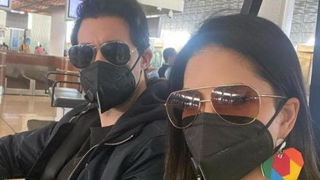 Sunny Leone shared a picture with her husband Daniel Weber, where both can be seen wearing masks.(Instagram)