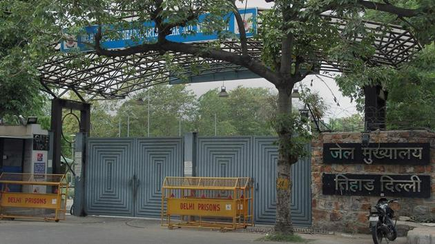 The hangman from the Uttar Pradesh prisons department, tasked with executing the four convicts of the December 2012 gang-rape case, reported for 'work' at Delhi's Tihar jail on Thursday afternoon.