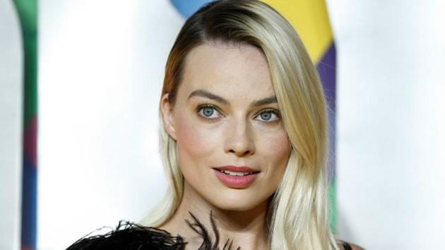 Margot Robbie poses as she arrives to attend the world premiere of Birds of Prey: And the Fantabulous Emancipation of One Harley Quinn.(REUTERS)