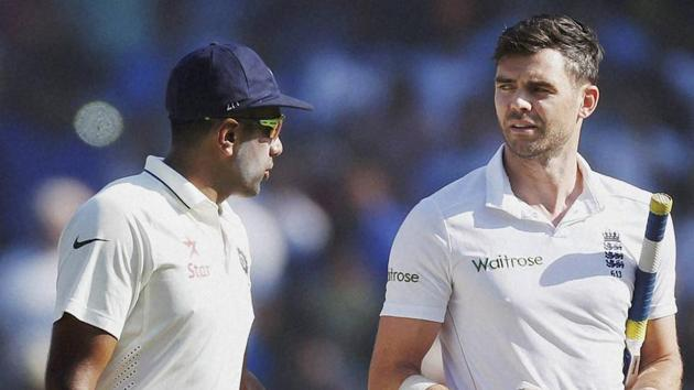 File image of India cricketer R Ashwin speaking to England cricketer James Anderson.(PTI)