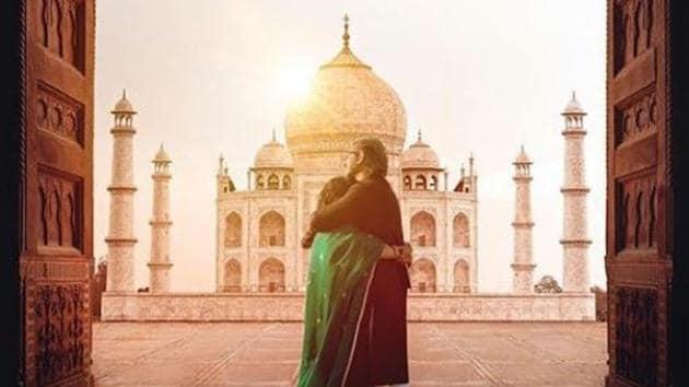 A poster for Netflix's Taj Mahal 1989.