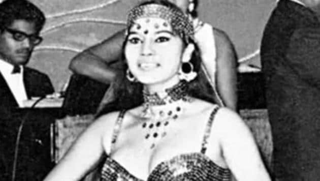 Arati Das, better known as Miss Shefali, Kolkata's Queen of Cabaret, dies at 76.(Twitter)