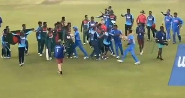 India U19 and Bangladesh U19 fight after world cup final(Screen grab)