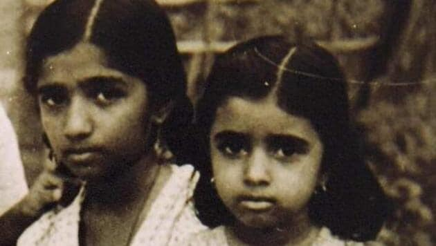 A childhood picture of Lata Mangeshkar and Asha Bhosle has been shared by Amitabh Bachchan.