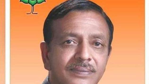 Jagdish Pradhan has lost his huge lead against AAP rival in Mustafabad(Courtesy: Twitter@JagdishMLA)