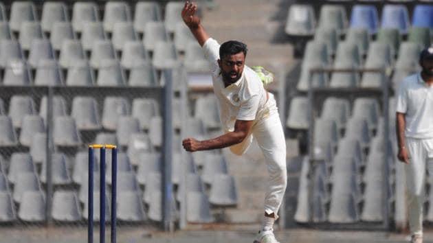 Jaydev Unadkat in action.(HT Photo)