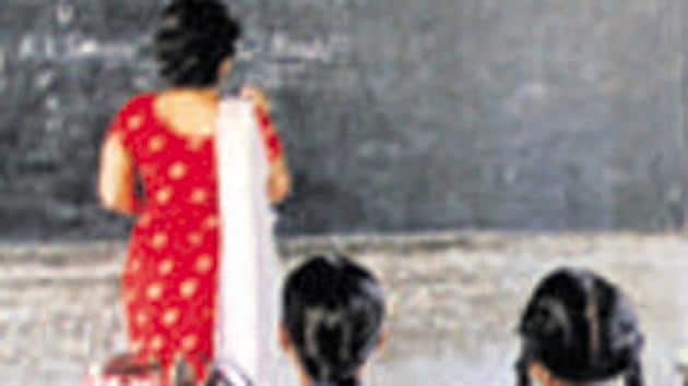 Odisha school student was made to take off her stockings for not wearing proper uniform(Hindustan Times Photo/file/Representative)