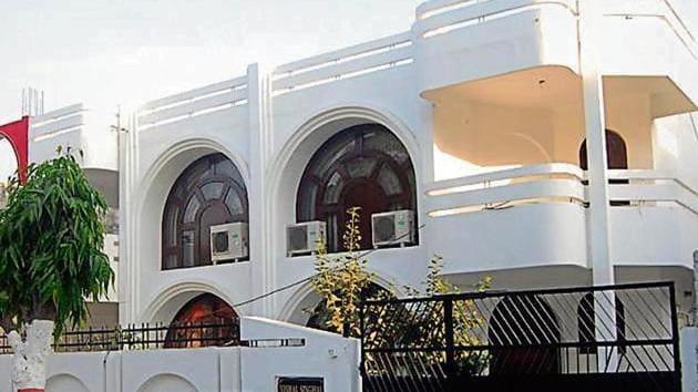 Mayor Asha Sharma moved into a bungalow in an upscale locality of Sector 5, Raj Nagar, last September.(sakib ali/ht photo)