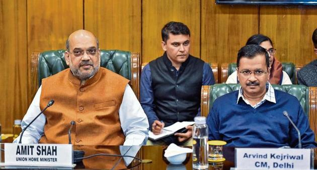 Union home minister Amit Shah and Delhi CM Arvind Kejriwal at a meeting to review the situation in Delhi, Feb 25, 2020.(PTI)