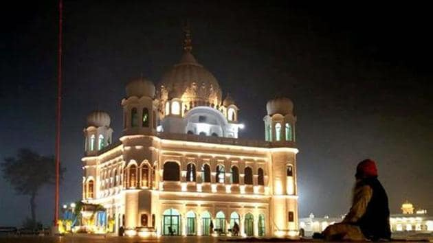 Akal Takht acting jathedar Giani Harpreet Singh says that the condition of carrying a passport as identity proof is the main reason behind the low turnout of Indian pilgrims at the Kartarpur Sahib shrine, the last resting place of Guru Nanak, in Pakistan.(HT file photo)