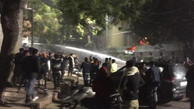 Protesters urged the chief minister to inform citizens about steps taken by the Delhi government and allow all rescue operations to reach hospitals from the affected areas.