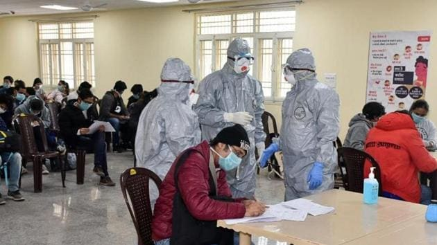 India so far has managed to contain the infection, with three students from Wuhan diagnosed with Covid-19 in Kerala leaving quarantine after being cured.(HT PHOTO.)