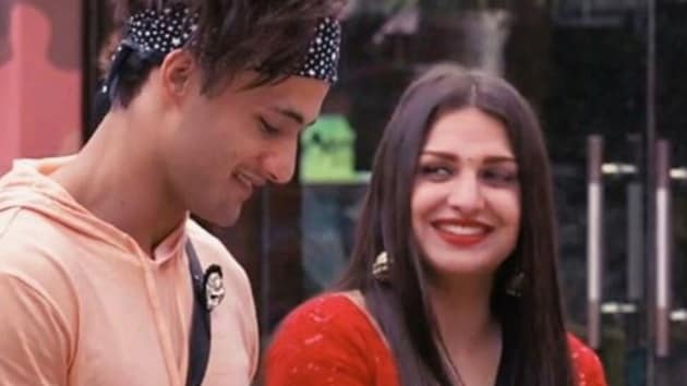 Asim Riaz and Himanshi Khurana are in a relationship.