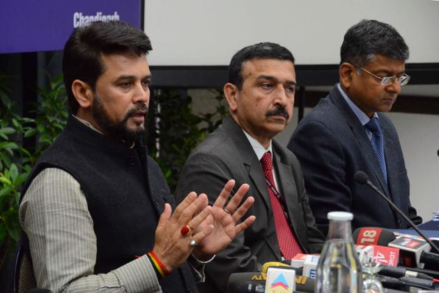 Minister of state for finance and corporate affairs Anurag Thakur addressing mediapersons at CII's northern region headquarters in Sector 31, Chandigarh, on Sunday.(HT PHOTO)