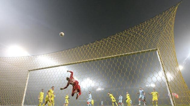 General view of match action.(REUTERS)