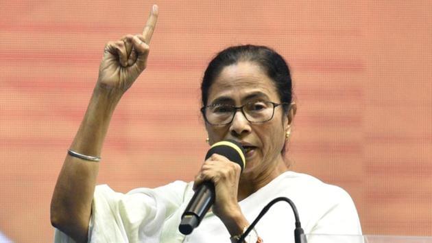 Bengal CM Mamata Banerjee addresses the audience during the launch upcoming municipal election campaign 'Banglar Garbo Mamata,' in the presence of TMC MLAs, at Netaji Indoor Stadium, in Kolkata.(Photo: Samir Jana/ Hindustan Times)