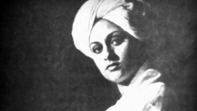 Jaya Bachchan worked in a film, Dagtar Babu, as Swami Vivekananda but the film could not be completed.
