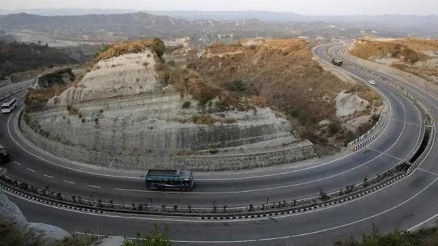 The highways construction arm of the government is weighed down by debt of almost Rs 2 lakh crore primarily because of land acquisition costs and lack of financial closure for highway projects. Land costs make up 30-35 % of the total project cost.(Reuters file photo)