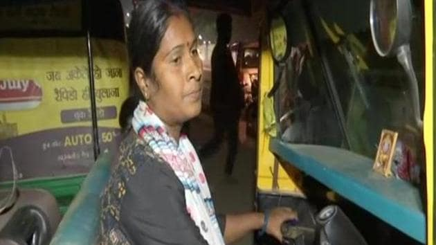 A woman auto driver from Patna is breaking stereotypes and inspired others(ANI Photo)