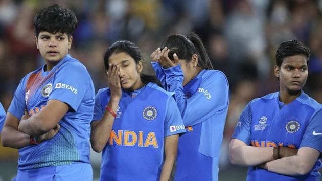Indian players gather together after their loss to Australia in the Women's T20 World Cup cricket final match in Melbourne.(AP)