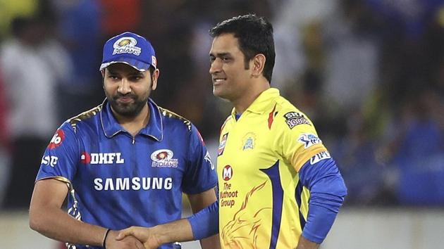 Mumbai Indians captain Rohit Sharma, left and Chennai Super Kings captain Mahendra Singh Dhoni.(AP)