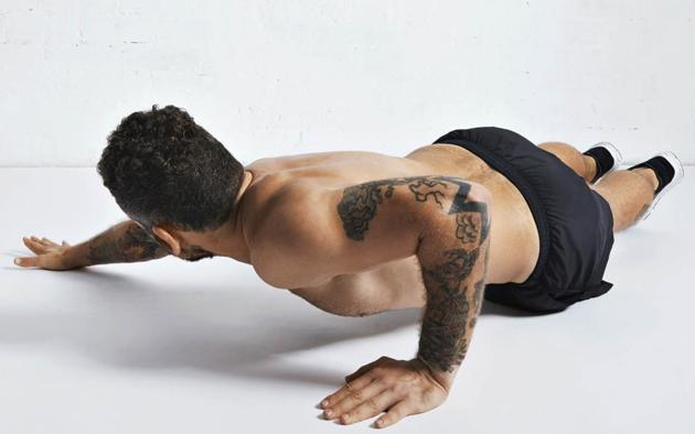 An Archer's push up can easily help increase strength and add muscle size while you are stuck at home(Shutterstock)