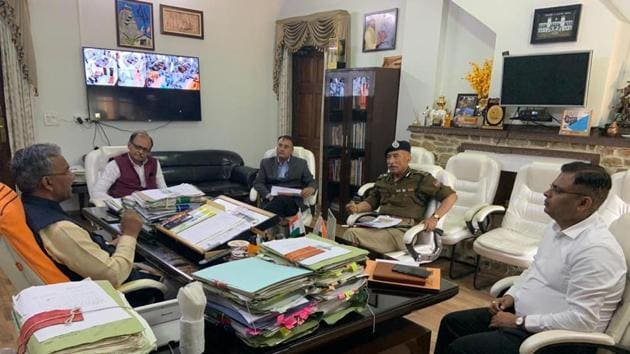 Uttarakhand government cleared direct cash transfers for daily wage labourers in the wake of Coronavirus impact in a high level meeting on Sunday(HT Photo)