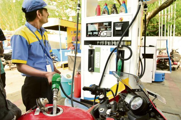 At present total central levies including Rs 8 per litre additional excise duty on petrol and diesel are Rs 22.98 per litre and Rs 18.83 a litre.(Ramesh Pathania/Mint Photo)