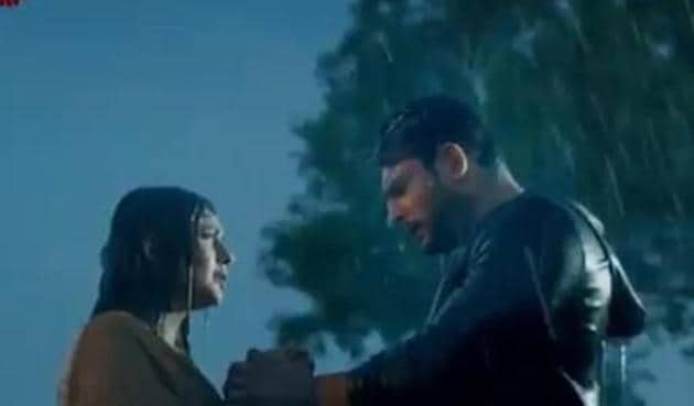 Sidharth Shukla and Shehnaaz in a still from their music video together, Bhula Dunga.