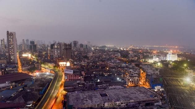 A aerial view of deserted J J Bridge during the nationwide lockdown in the wake of coronavirus outbreak, in Mumbai.(PTI)