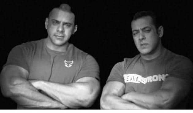 Salman Khan has shared a picture with late Abdullah Khan who died Monday.