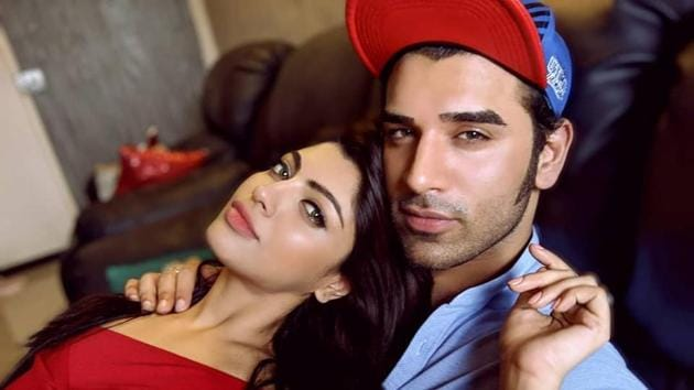 Paras Chhabra and Akanksha Puri were in a relationship for three years.