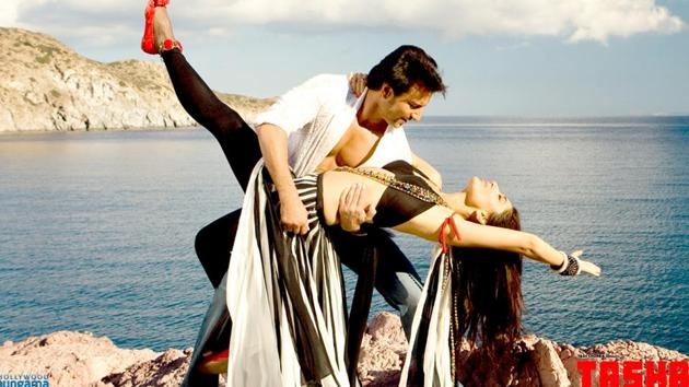 Saif Ali Khan and Kareena Kapoor in a still from Tashan.(Yash Raj Films)