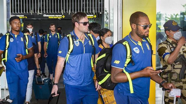 Kolkata: South Africa cricket team players arrive at NSCBI Aiport, in Kolkata, Monday, March 16, 2020.(PTI)