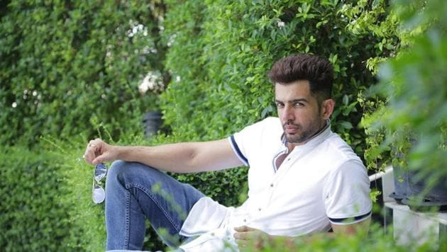 Actor Jay Bhanushali has a fitting reply for a troll.