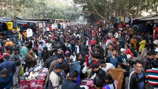 Janpath market in January last year, bursting at its seams with eager shoppers. (Sonu Mehta / HT Archive)