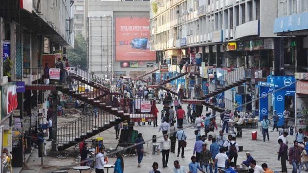A bustling Nehru Place, earlier this March, before the lockdown was imposed. (Sanchit Khanna / HT PHOTO)