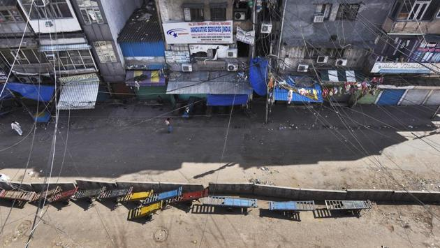 An aerial view of Sadar Bazar, totally barren on day eleven of the 21-day national lockdown on Saturday, April 4. (Burhaan Kinu / HT PHOTO)