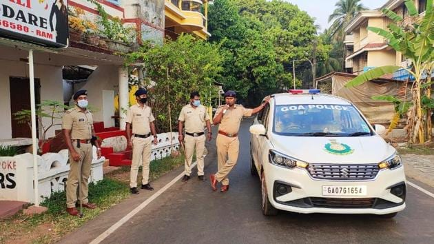 The Goa Police faced a lot of flak for its initial attempts to enforce the Centre's move for a 100% lockdown after videos went viral of cops forcibly closing down grocery stores that had opened and chasing back those who ventured out. (Image used for representation).(HT PHOTO.)