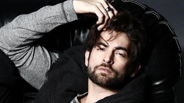 Actor Neil Nitin Mukesh stresses on the importance of total social distancing