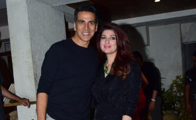 Akshay Kumar and Twinkle Khanna at filmmaker Goldie Behl's birthday bash.(IANS)